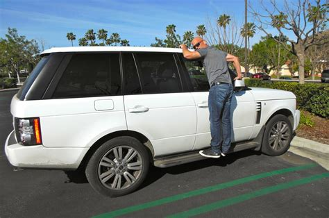Celebrity Drive: Howie Mandel, His Range Rover, And